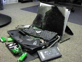 Из-за чего ломаются ноутбуки